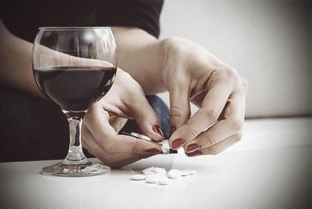 Обезболивающие / жаропонижающие препараты и алкоголь