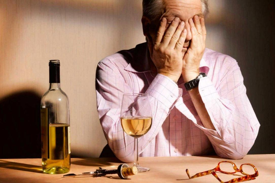 Может ли быть слепота от алкоголя? Влияние алкоголя на зрение.