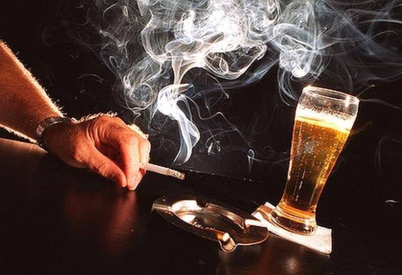 Почему никотин и алкоголь связаны между собой?