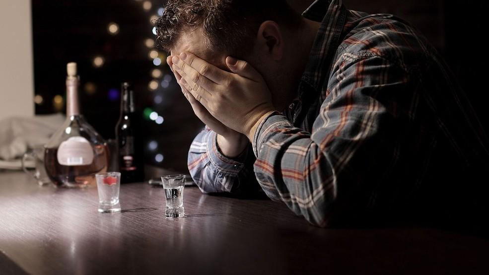 3 стадии рецидива (алкогольного срыва) алкоголизма.