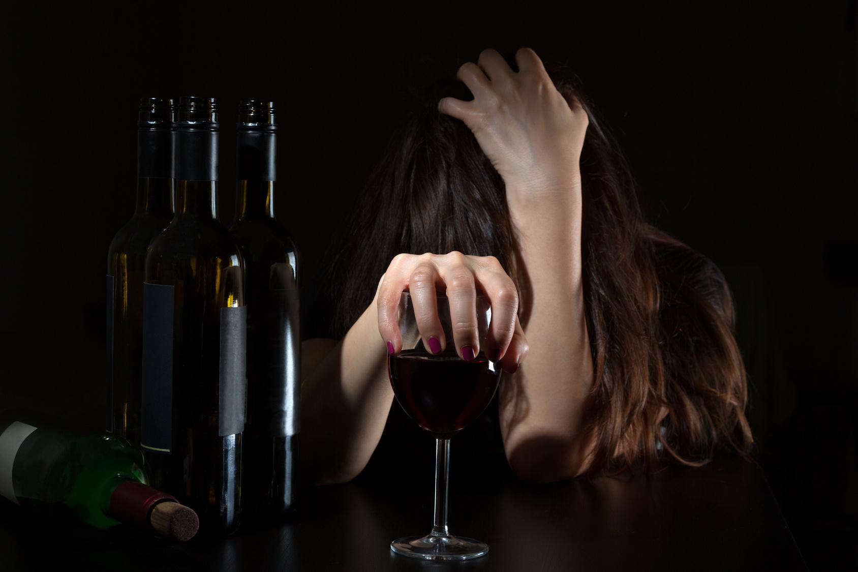 Алкоголизм: поиск виноватых